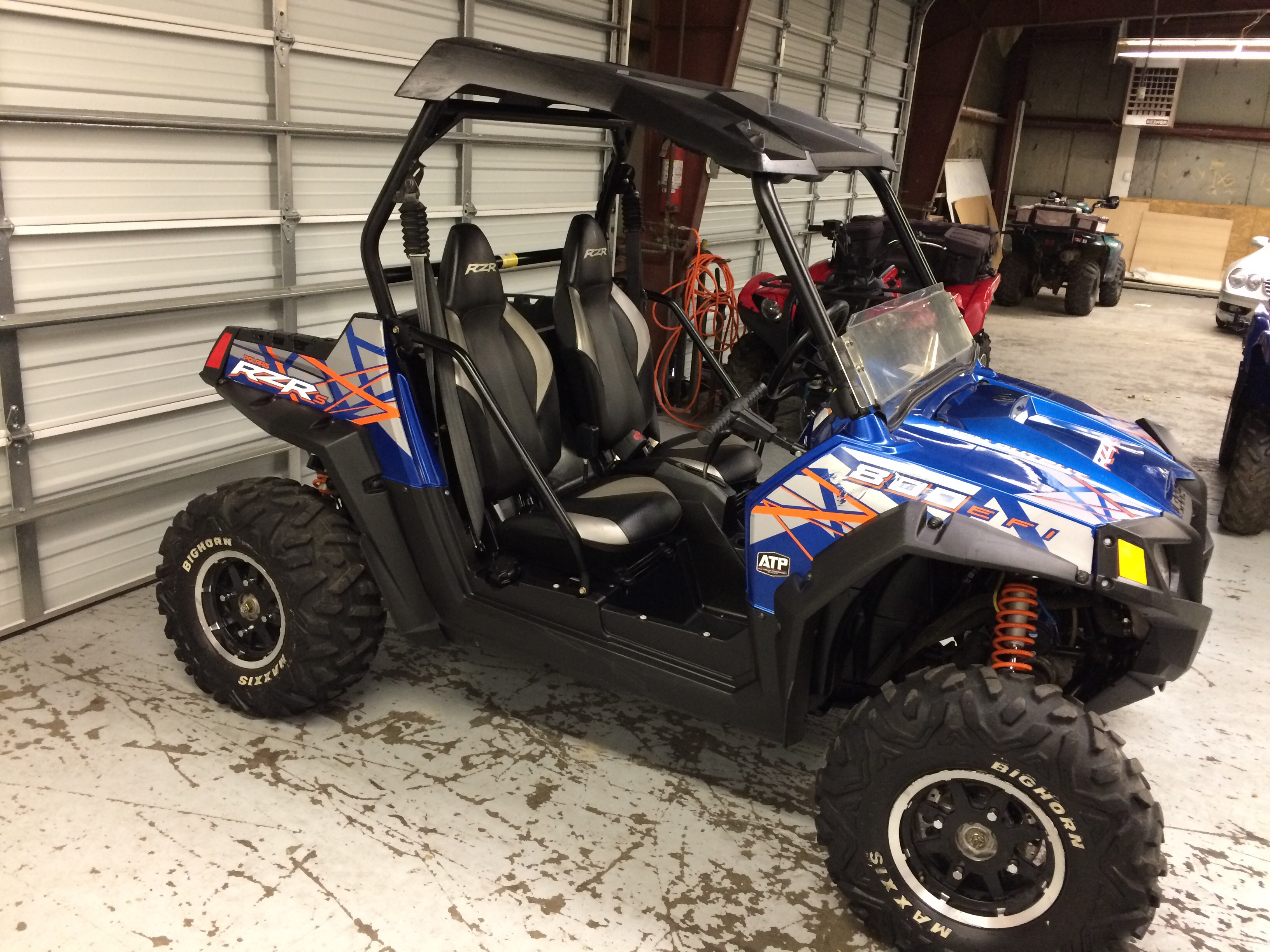 2013 Polaris RZR 800 S limited edition 2200 miles, stereo